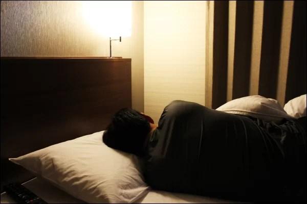 付き合う前の映画デート 睡眠時間をしっかり確保する