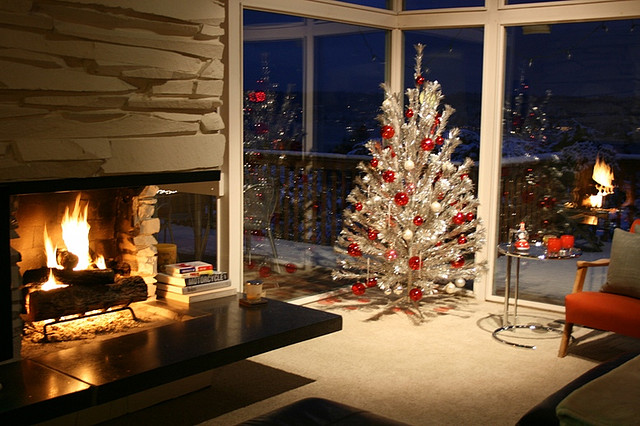 5 Easy Ways To Update Your Christmas Decorations Love Chic Living