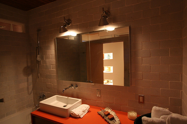 how to get the best from bathroom lighting