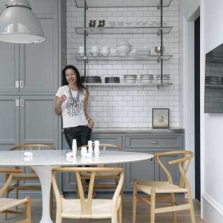 How to Create a Minimalist Look with your Shelving