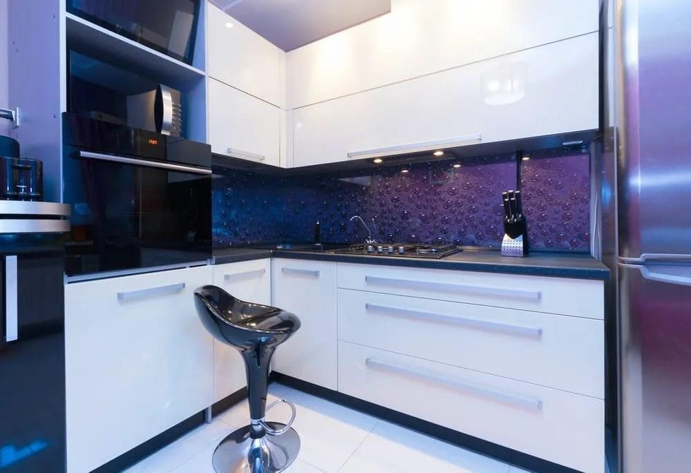 Glossy kitchen design