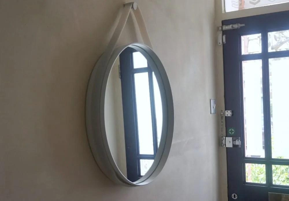 Hay mirror hallway