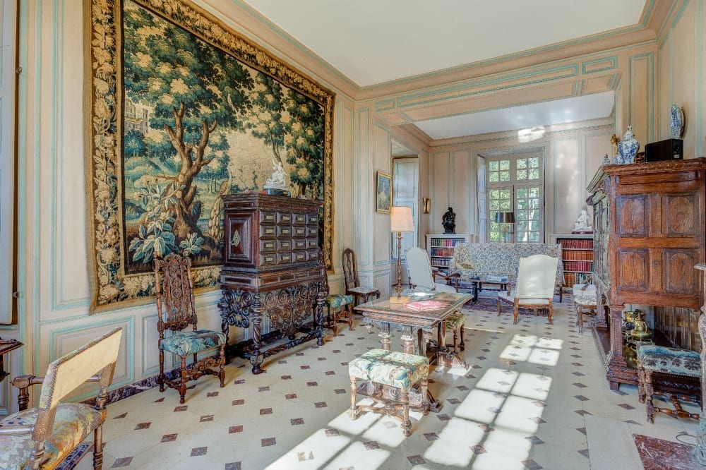 Chateau-de-Cource-Normady-Olivers-Travels (10)