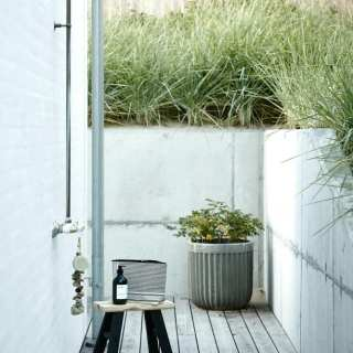 Create the Perfect Contemporary Garden Room
