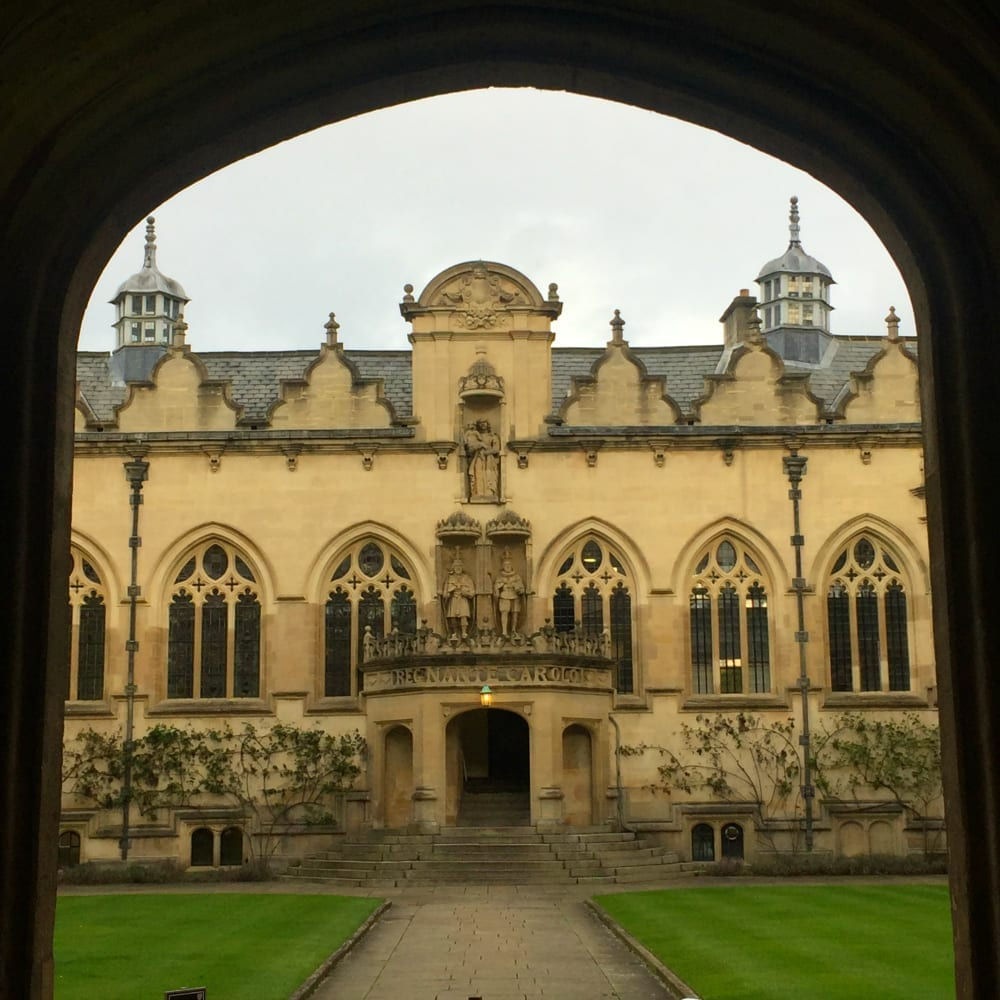 Oxforde college doorway