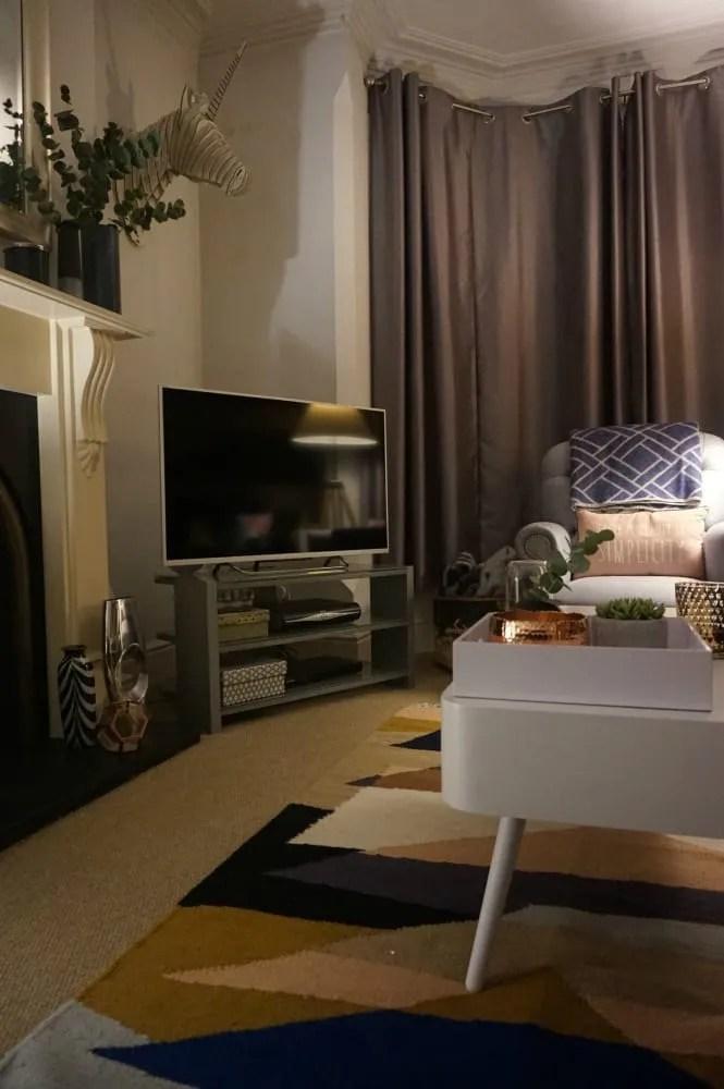 living-room-no-lights