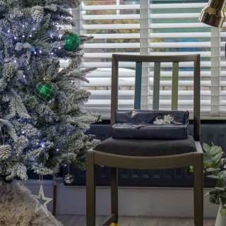 How To Add Budget Seating To Your Home For Christmas