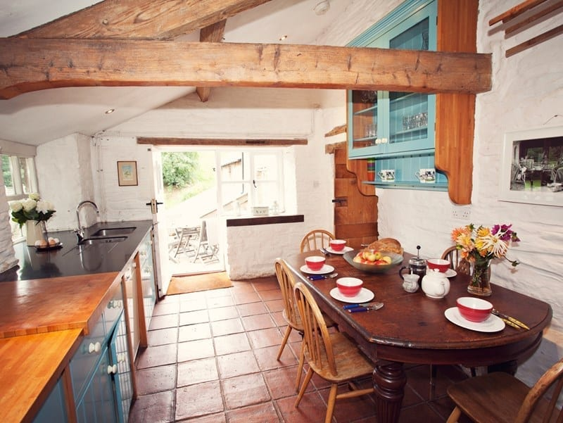 Country cottage rustic kitchen