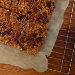 My saviour honey breakfast bars, healthy and easy to make