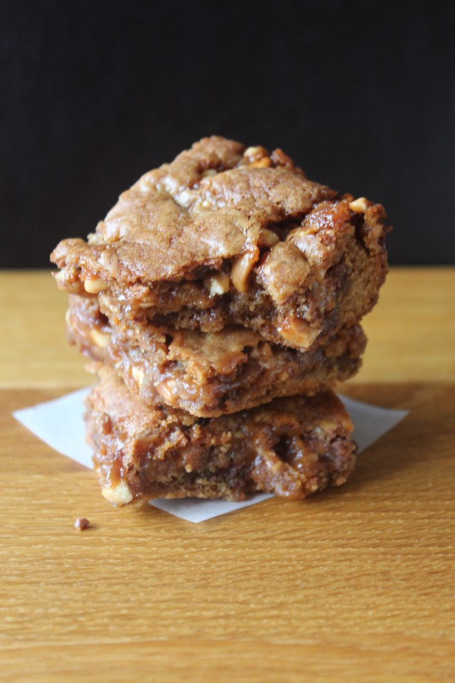 Snicker-caramel-bars4