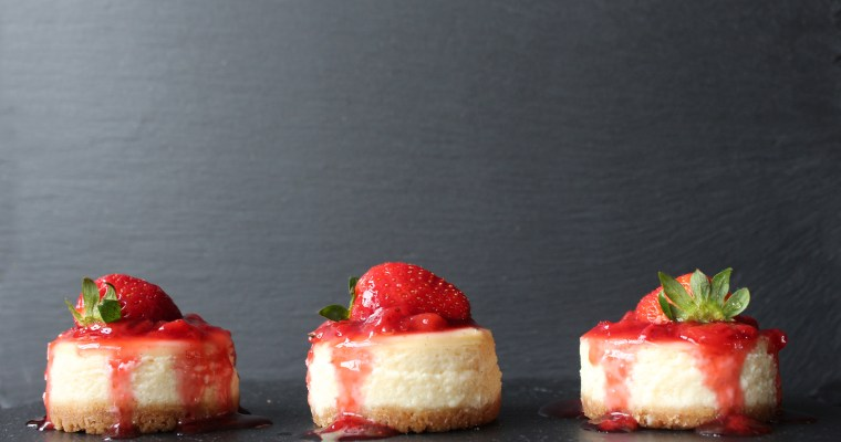 Mini Baked Vanilla Cheesecake with Strawberry Sauce