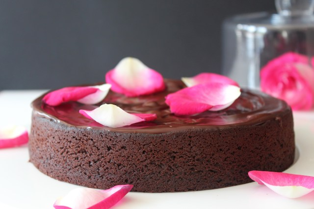 Eggless beetroot