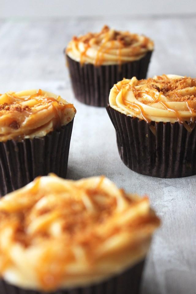 caramel-cupcakes10