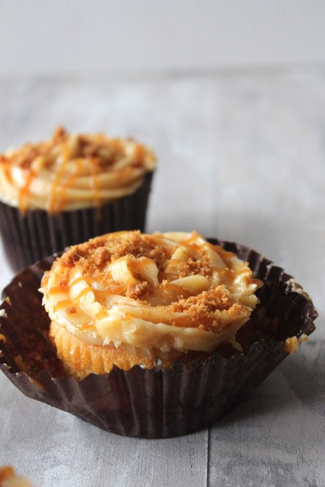 caramel-cupcakes11