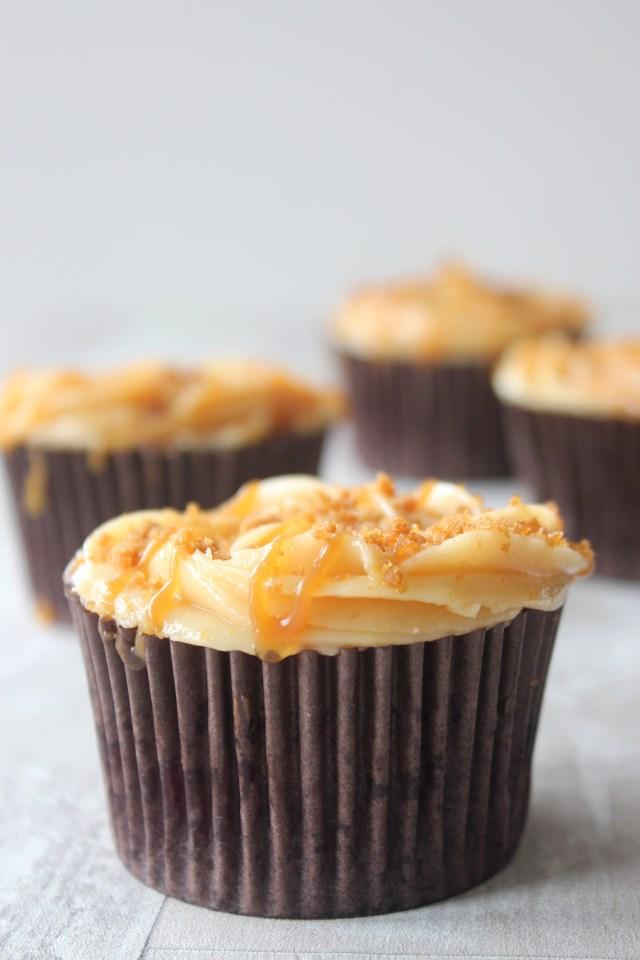 caramel-cupcakes7