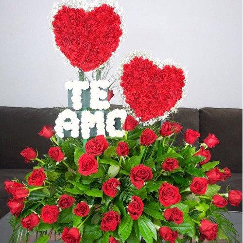 "Flower Arrangement ""TE AMO""And 36 Roses Love Flowers"