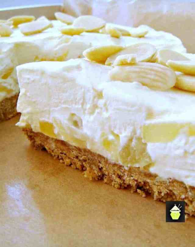 Creamy Pineapple Cheesecake Bursting With Juicy In The Filling It S A Really Refreshing