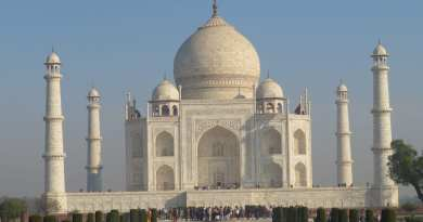 """Walk With Me"", Steve Martin – to the Taj Mahal! Northern India (#2 of 6)"