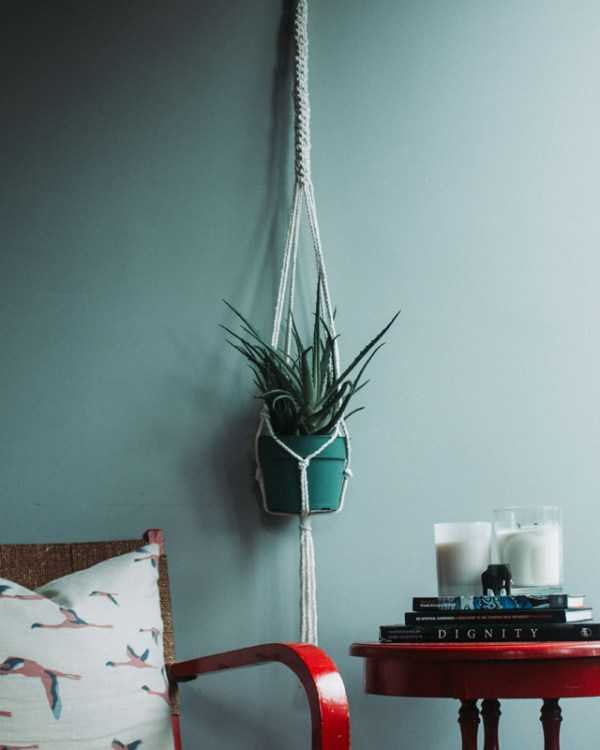 Bluefields Macrame Plant Holder Natural White Made in Nicaragua