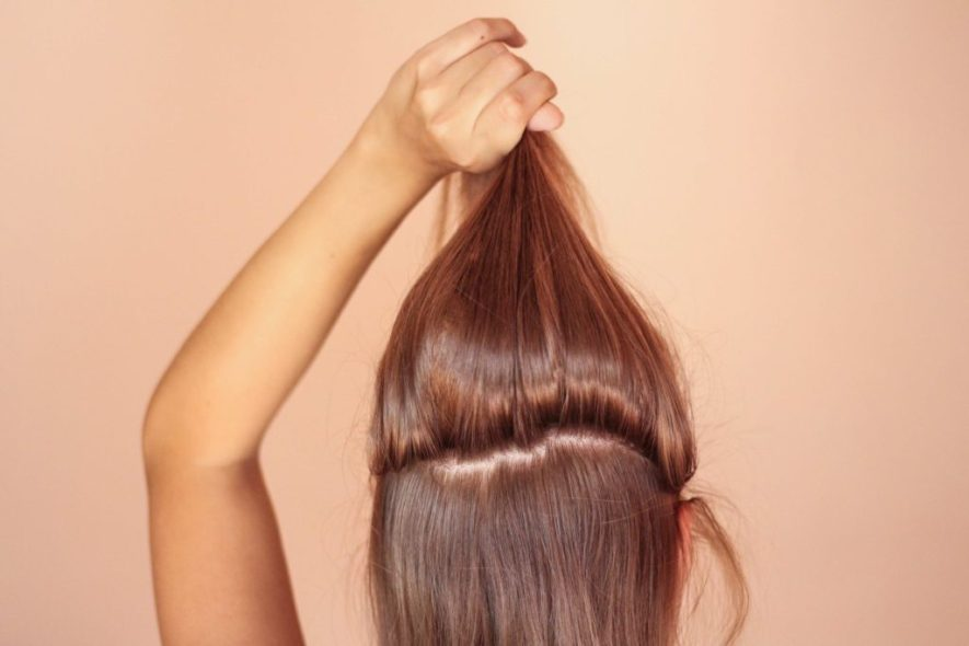 obere Haarpartie abtrennen