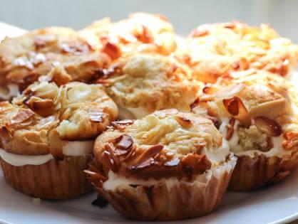 BAKE IT YOURSELF: Bienenstich-Muffins