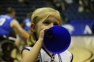 cheerleader-673490_960_720