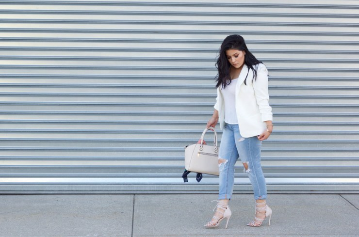 white-blazer-fall-outfit