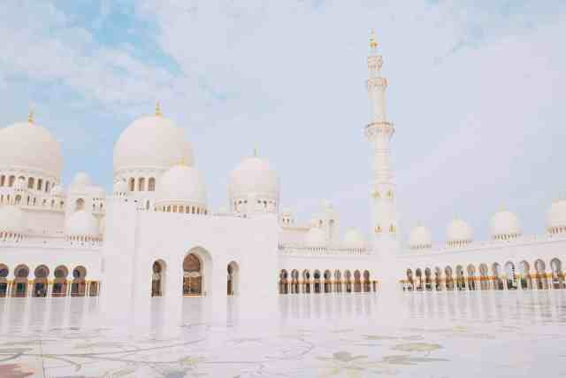 Courtyard of Sheikh Zayed Grand Mosque, one of the top things to do in Dubai.