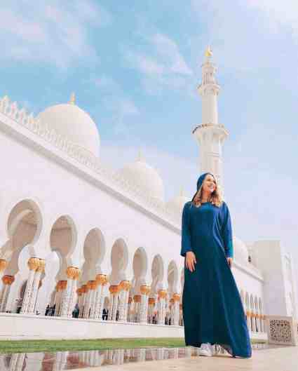 Woman outside Sheikh Zayed Mosque in Abu Dhabi.