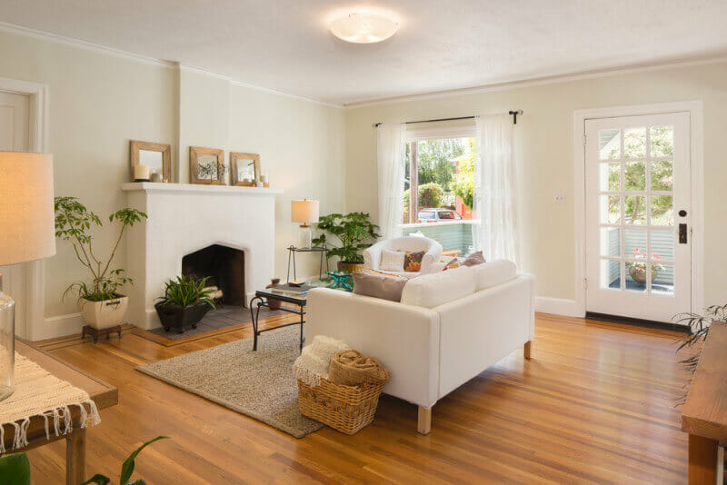 47 Beautiful Small Living Rooms - Love Home Designs on Beautiful Small Room  id=11584