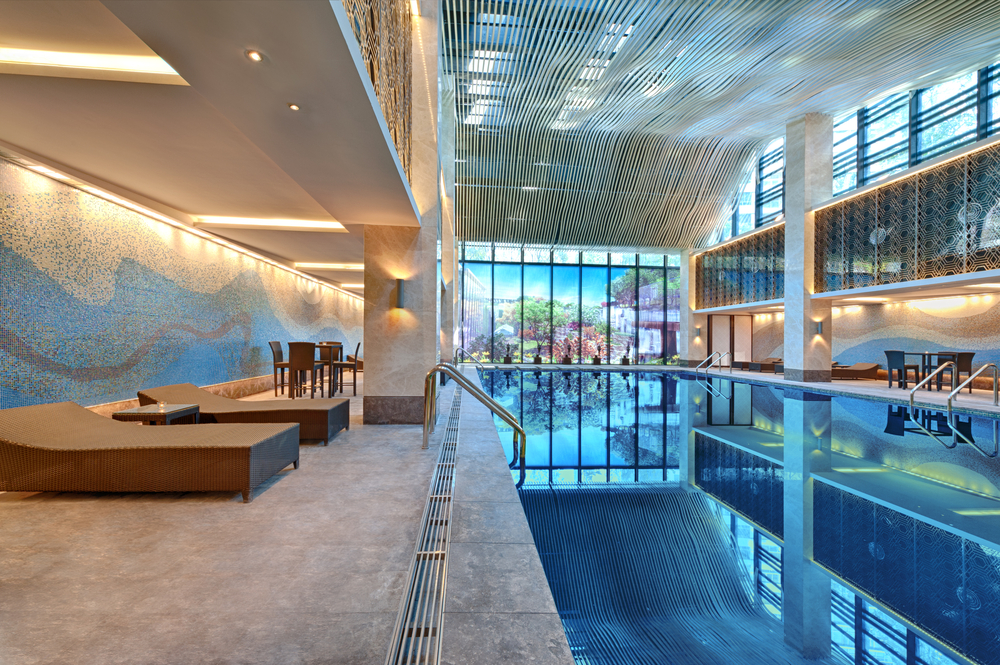 16 Super Indoor Swimming Pools To Enjoy All Year