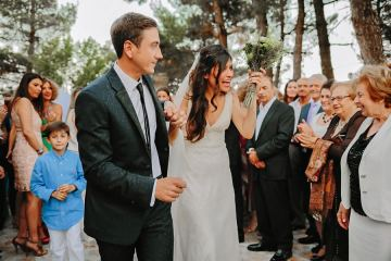 ROMANTIC-SUMMER-WEDDING