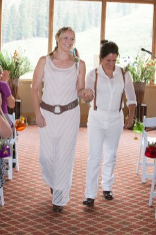 Danielle-and-Angie's-summer-ski-resort-wedding-26