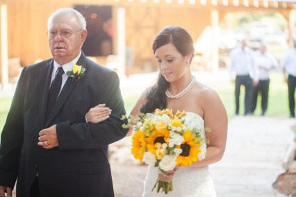 casey-and-derrick-classic-country-wedding-1
