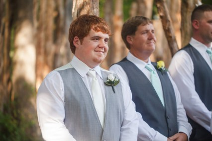 casey-and-derrick-classic-country-wedding3