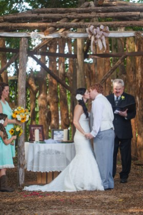 the-cotton-gin-farm-wedding-ceremony