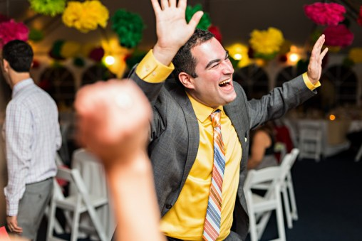 ryan-and-kirk-colorful-massachusetts-wedding-by-krista-photography-9