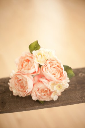 valentines-day-wedding-inspiration-shoot-7