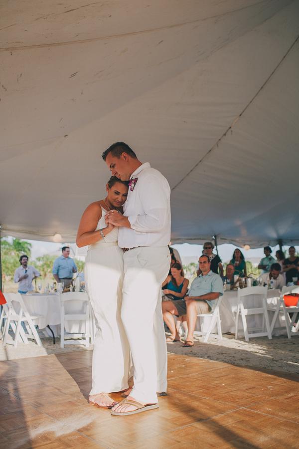 palm-island-beach-wedding-109