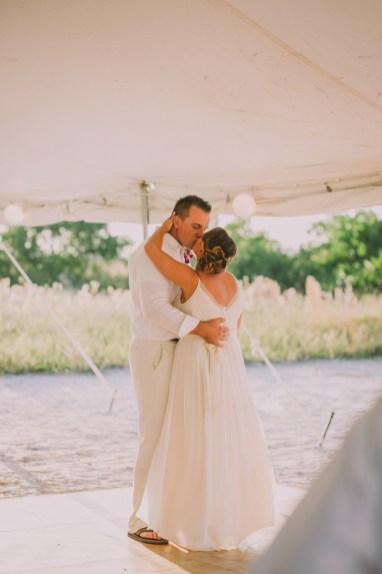 palm-island-beach-wedding-111