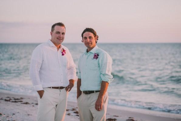 palm-island-beach-wedding-125