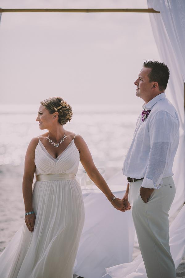 palm-island-beach-wedding-75