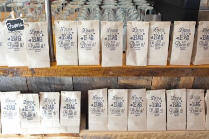 custom-coffee-bags-wedding-favors-coffe-themed-wedding-brett-alison-photography
