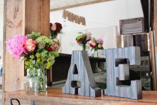 wooden-monogram-wedding-signage-brett-alison-photography