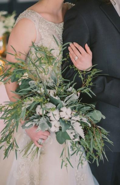 cotton-wedding-bouquet-nova-markina-photography