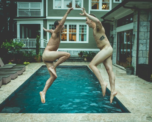sexy-swimming-pool-engagement-session-virginia-reese-photography-16