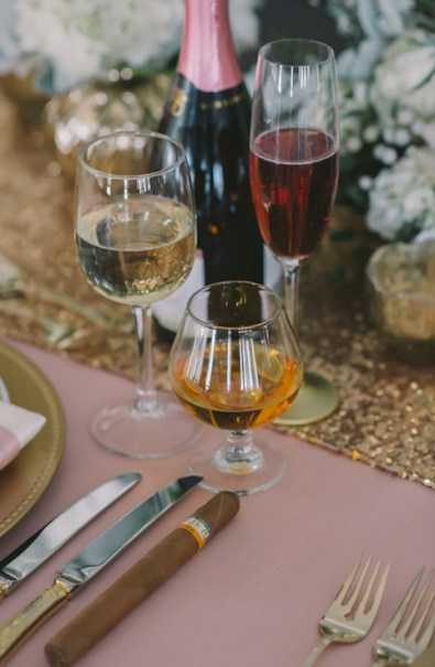 winter-wedding-cocktails-nova-markina-photography
