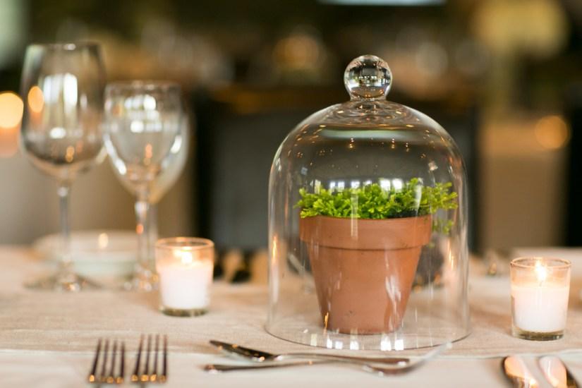 terrarium-wedding-decor-sarah-tew-photography