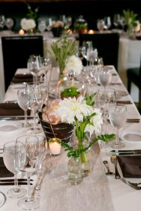 white-dahlia-wedding-decor-sarah-tew-photography