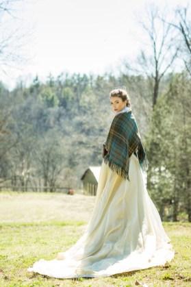 winter-bride-style-drea-photo-artistry
